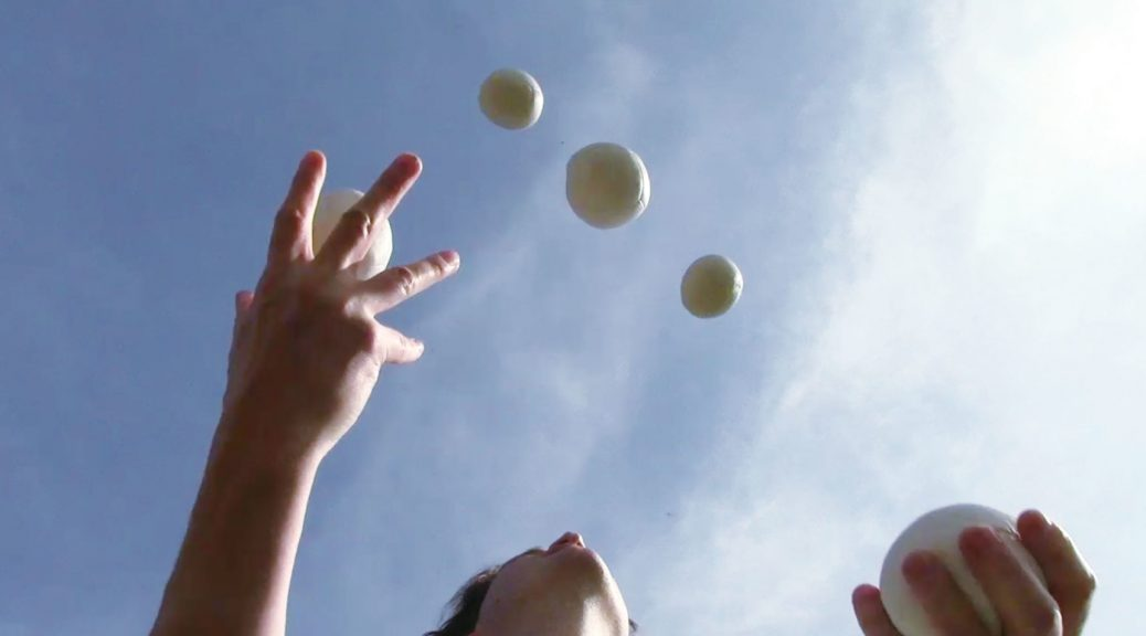 Juggling balls with JP Godbout