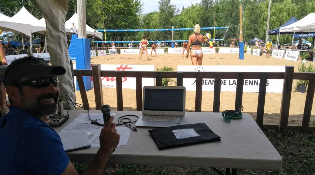 Jean-Patrick Godbout commentating beach volleyball at the 2020 Grand Prix Beach Quebec.